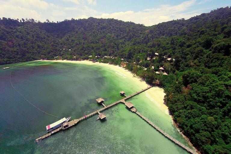 介绍两个马来西亚版水上木屋之豪华大红花度假村沙滩木屋(Bunga Raya Island Resort)